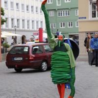 05-07-2014-memmingen-strassenkuenstler-memminger-meile-poeppel-new-facts-eu20140705_0087