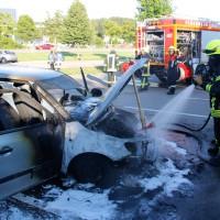 06-07-2014-a7-altenstadt-pendlerparkplatz-pkw-brand-feuerwehr-wis-new-facts-eu (2)