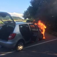 06-07-2014-a7-altenstadt-pendlerparkplatz-pkw-brand-feuerwehr-wis-new-facts-eu