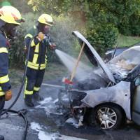 06-07-2014-a7-altenstadt-pendlerparkplatz-pkw-brand-feuerwehr-wis-new-facts-eu (4)