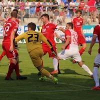 06-07-2014-memmingen-fussball-fcm-fca-augsburg-freundschaftsspiel-lew-poeppel-new-facts-eu20140706_0102