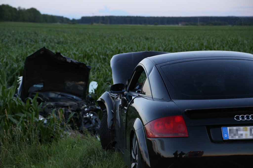 06-07-2014-tannheim-egelsee-unfall-frontal-feuerwehr-poeppel-new-facts-eu20140706_0003