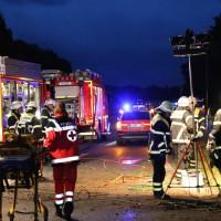 09-07-2014-b300-a7-memmingen-unfall-eingeklemmt-feuerwehr-notarzt-poeppel-new-facts-eu20140709_0005