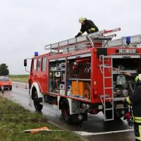 09-07-2014-b300-memmingen-steinheim-europastrasse-lkw-pkw-feuerwehr-poeppel-new-facts-eu20140709_0005