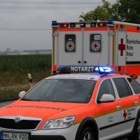 09-07-2014-b300-memmingen-steinheim-europastrasse-lkw-pkw-feuerwehr-poeppel-new-facts-eu20140709_0018