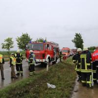 09-07-2014-b300-memmingen-steinheim-europastrasse-lkw-pkw-feuerwehr-poeppel-new-facts-eu20140709_0023