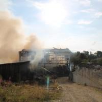12-07-2014-biberach-dissenhausen-brand-bauernhof-feuerwehr-new-facts-eu20140712_0011