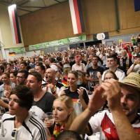 13-07-2014-memmingen-weltmeister-fussball-public-viewing-kaminwerk-poeppel-new-facts-eu20140713_0026