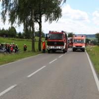 14-07-2014-unterallgaeu-ottobeuren-attenhausen-unfall-schwer-eingeklemmt-feuerwehr-groll-new-facts-eu_006