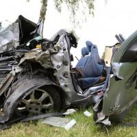 14-07-2014-unterallgaeu-ottobeuren-attenhausen-unfall-schwer-eingeklemmt-feuerwehr-groll-new-facts-eu_018