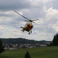 14-07-2014-unterallgaeu-ottobeuren-attenhausen-unfall-schwer-eingeklemmt-feuerwehr-groll-new-facts-eu_022