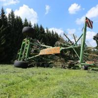 16-07-2014-ostallgaeu-eggenthal-traktor-unfall-feuerwehr-bringezu-new-facts-eu20140716_0009