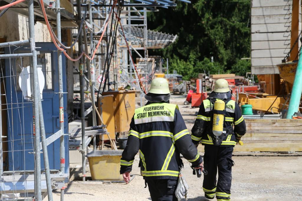 17-07-2014-memmingen-donaustrasse-kohlenmonoxid-baustelle-feuerwehr-poeppel-new-facts-eu (9)