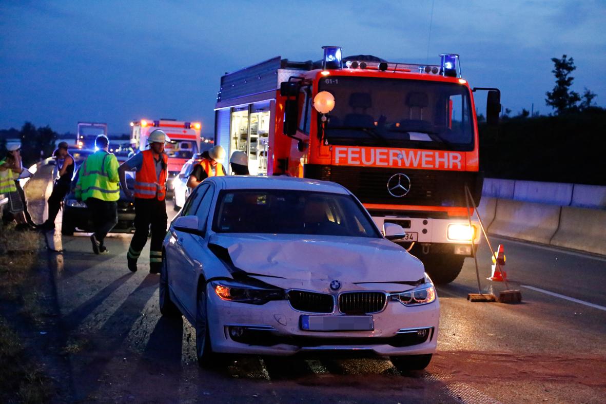 19-07-2014-a96-memmingen-holzguenz-unfall-verletzte-feuerwehr-rettungsdienst-poeppel-new-facts-eu20140719_0001