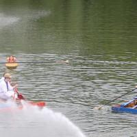 20-07-2014-biberach-haslacher-seenachtsfest-fischerstechen- wettbewerb-poeppel-bringezu-new-facts-eu20140720_0069
