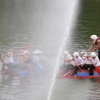 20-07-2014-biberach-haslacher-seenachtsfest-fischerstechen- wettbewerb-poeppel-bringezu-new-facts-eu20140720_0104