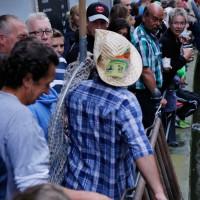 26-07-2014-memmingen-fischertag-fischen-wiegen-koenigsforelle-peta-poeppel-new-facts-eu20140726_0011