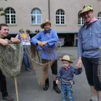26-07-2014-memmingen-fischertag-fischen-wiegen-koenigsforelle-peta-poeppel-new-facts-eu20140726_0035
