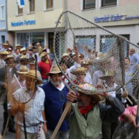 26-07-2014-memmingen-fischertag-fischen-wiegen-koenigsforelle-peta-poeppel-new-facts-eu20140726_0087
