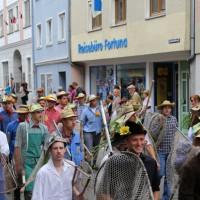 26-07-2014-memmingen-fischertag-fischen-wiegen-koenigsforelle-peta-poeppel-new-facts-eu20140726_0103