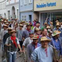 26-07-2014-memmingen-fischertag-fischen-wiegen-koenigsforelle-peta-poeppel-new-facts-eu20140726_0125