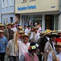 26-07-2014-memmingen-fischertag-fischen-wiegen-koenigsforelle-peta-poeppel-new-facts-eu20140726_0154