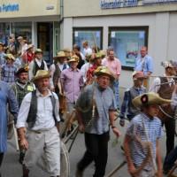26-07-2014-memmingen-fischertag-fischen-wiegen-koenigsforelle-peta-poeppel-new-facts-eu20140726_0158