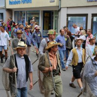 26-07-2014-memmingen-fischertag-fischen-wiegen-koenigsforelle-peta-poeppel-new-facts-eu20140726_0211