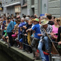 26-07-2014-memmingen-fischertag-fischen-wiegen-koenigsforelle-peta-poeppel-new-facts-eu20140726_0221