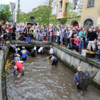 26-07-2014-memmingen-fischertag-fischen-wiegen-koenigsforelle-peta-poeppel-new-facts-eu20140726_0242