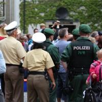 26-07-2014-memmingen-fischertag-fischen-wiegen-koenigsforelle-peta-poeppel-new-facts-eu20140726_0249