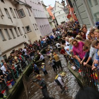 26-07-2014-memmingen-fischertag-fischen-wiegen-koenigsforelle-peta-poeppel-new-facts-eu20140726_0252