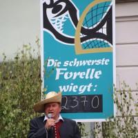 26-07-2014-memmingen-fischertag-fischen-wiegen-koenigsforelle-peta-poeppel-new-facts-eu20140726_0386