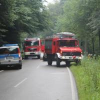 27-07-2014-biberach-gutenzell-huerbel-pkw-baum-feuerwehr-new-facts-eu (5)