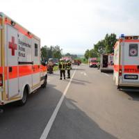 27-07-2014-unterallgaeu-b18-oberauerbach-unfall-zehn-verletzte-poeppel-new-facts-eu20140727_0006