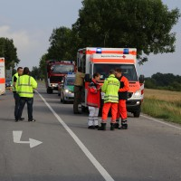 27-07-2014-unterallgaeu-b18-oberauerbach-unfall-zehn-verletzte-poeppel-new-facts-eu20140727_0037
