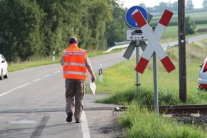 28-07-2014-unterallgaeu-breitenbrunn-bahnunfall-pkw-regionalbahn-vereltzt-poeppel-new-facts-eu (11)