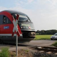 28-07-2014-unterallgaeu-breitenbrunn-bahnunfall-pkw-regionalbahn-vereltzt-poeppel-new-facts-eu (5)