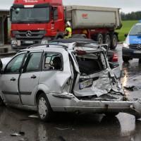 29-07-2014-ravensburg-b465-leutkirch-diepoldshofen-unfall-pkw-lkw-polizei-poeppel-new-facts-eu (5)