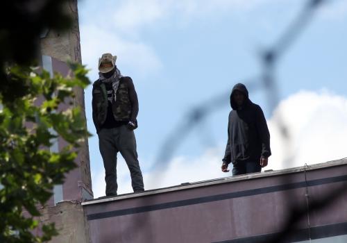 Flüchtling auf dem Dach der Gerhart-Hauptmann-Schule in Berlin-Kreuzberg am 01.07.2014, über dts Nachrichtenagentur