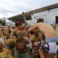 03-08-2014-allgaeu-airport-holi-farbenrausch-memmingerberg-fotos-poeppel-new-facts-eu (287)