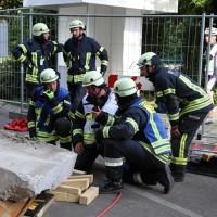 03-08-2014-kempten-allgaeu-katastrophenschutzuebung-feuerwehr-thw-brk-juh-festwoche-groll089