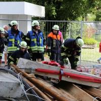03-08-2014-kempten-allgaeu-katastrophenschutzuebung-feuerwehr-thw-brk-juh-festwoche-groll119