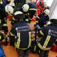 03-08-2014-kempten-allgaeu-katastrophenschutzuebung-feuerwehr-thw-brk-juh-festwoche-groll151