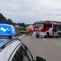 05-08-2014-a7-illertal-rasstaette-altenstadt-dettingen-unfall-feuerwehr-groll-new-facts-eu (7)