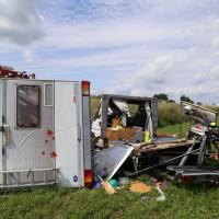 12-08-2014-a7-groenenbach-woringen-unfall-wohnmobil-ueberschlag-poeppel-new-facts-eu (8)