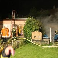 12-08-2014-memmingen-brand-riedbachstrasse-pavillion-hasenstall-feuerwehr-poeppel-new-facts-eu (6)
