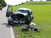 17-08-2014-oberallgaeu-utrasried-unfall-pkw-baum-schwerverletzt-feuerwehr-bringezu-new-facts-eu (2)