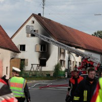 22-08-2014-guenzburg-ziemetshausen-brand-wohnung-kinder-familie-lebensgefahr-feurwehr-zwiebler-new-facts-eu072