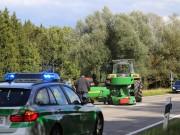 24-08-2014-unterallgaeu-ottobeuren-traktor-unfall-pkw-rettungsdienst-poeppel-new-facts-eu